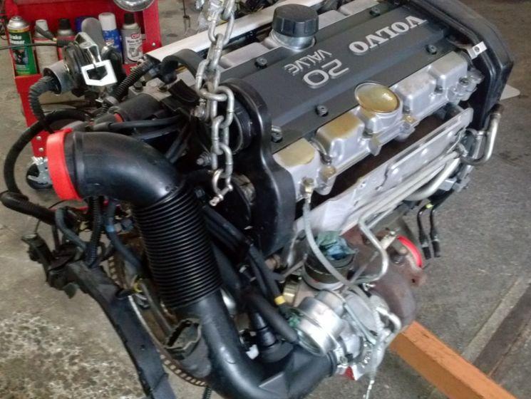 Как проводится замена двигателя автомобиля